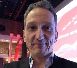 Ruisinger Dominik Berater Jouralist Autor 2020