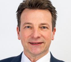 Hoffmeister Juergen KomChef General Atomics Europe Gruppe