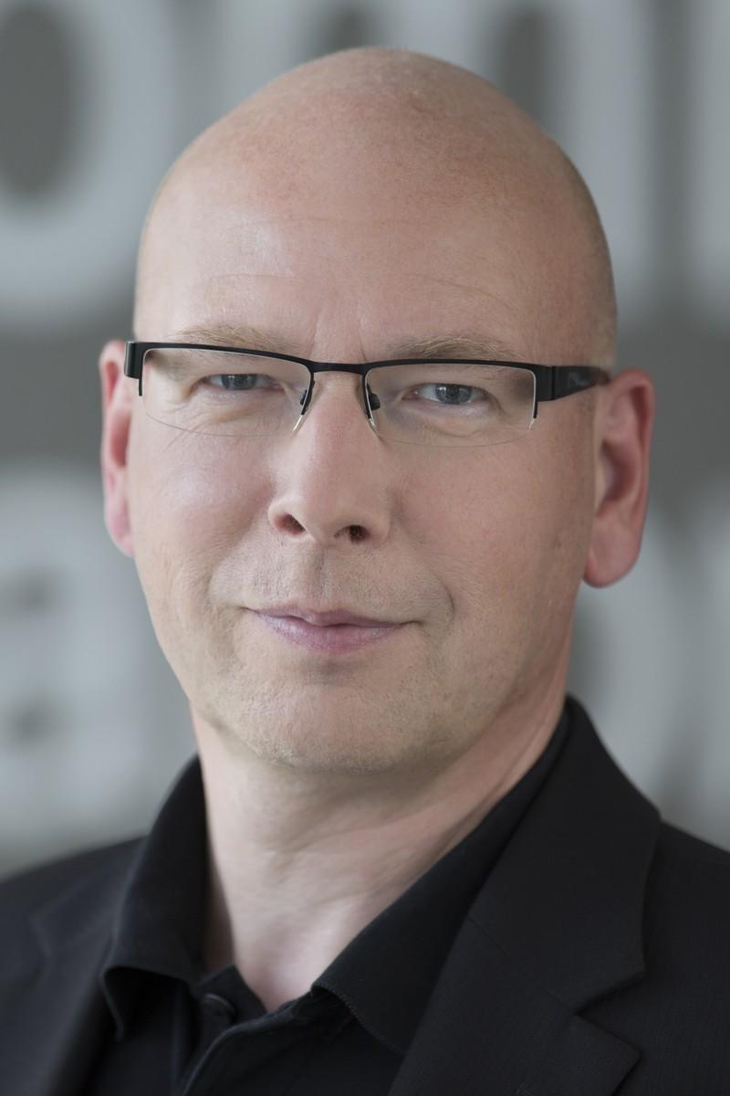 Thomas Mickeleit 800x1200