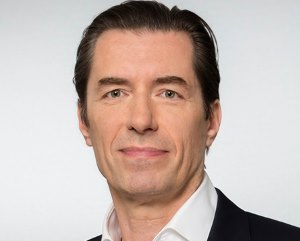 Stein Thomas Managing Partner Instinctif Partners